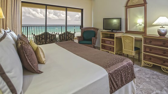 Beachfront villa with two bedrooms, one with king size bed in The Royal Sands All Inclusive Resort