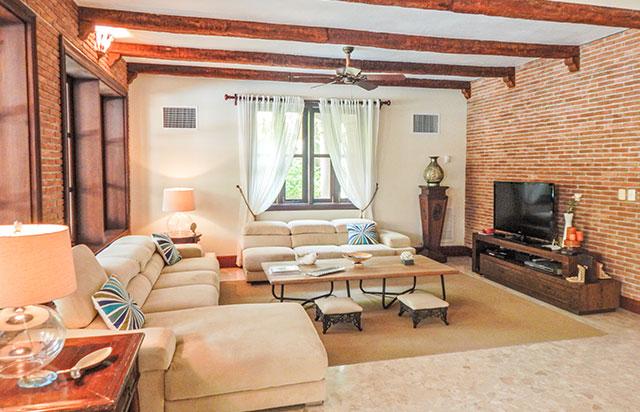 4 Bedroom Classic Villa