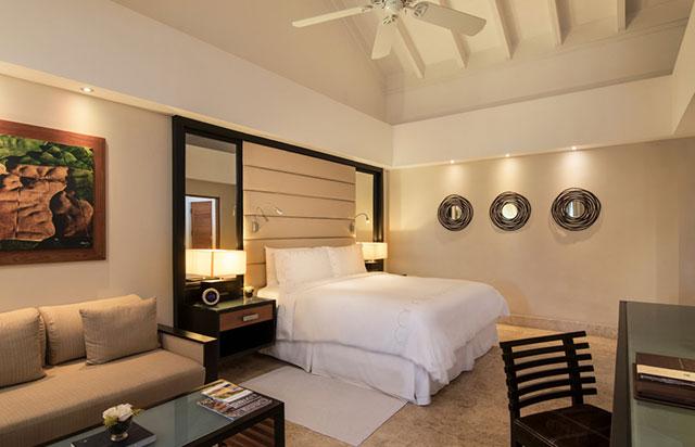 Elite Balcony Room