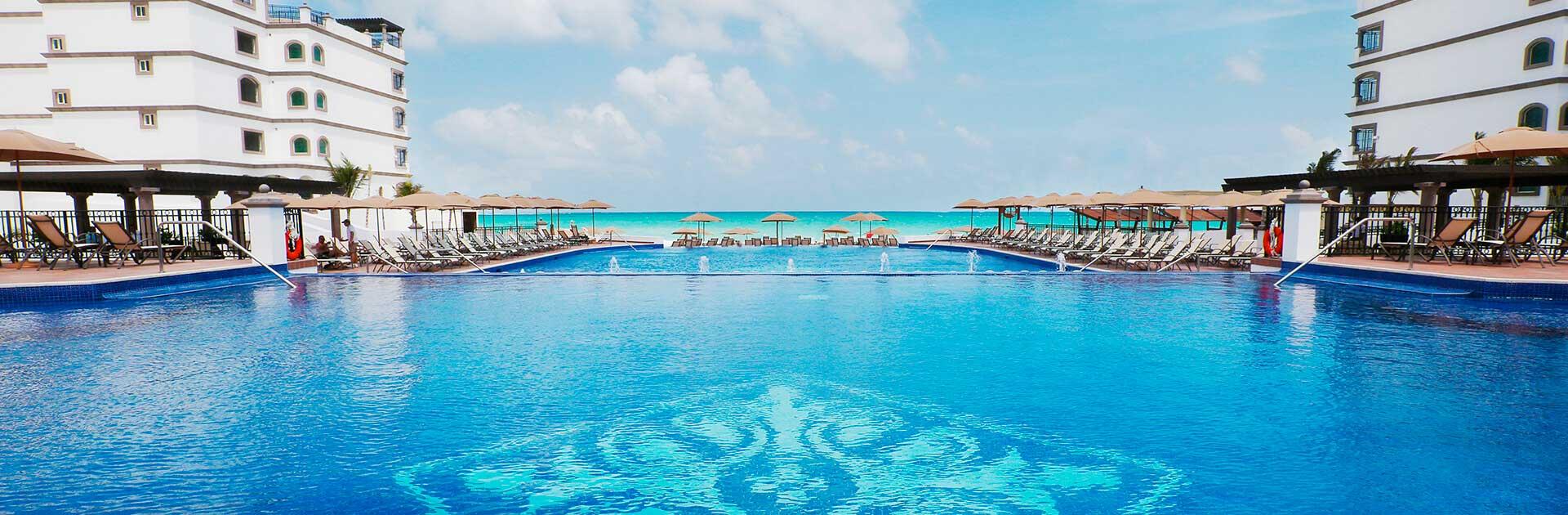 Grand Residences Riviera Cancun Resort