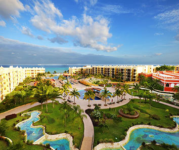 Exclusive and panoramic 4.5-star resort located in Playa del Carmen