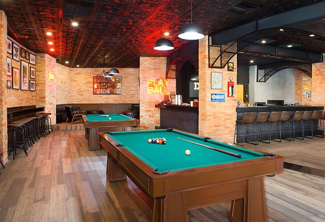 Sidelines Sports Bar & Karaoke
