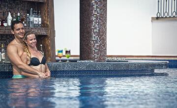 pool bar at Grand Residences riviera Cancun