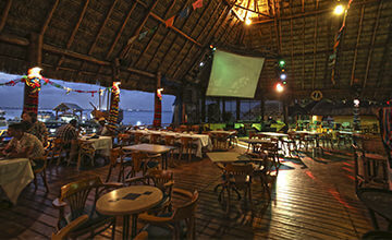 Karaoke bar in Cancun Resort