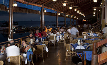 Captains Cove restaurant in Cancun