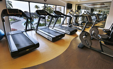 Resort all inclusive with fitness center in Cancun