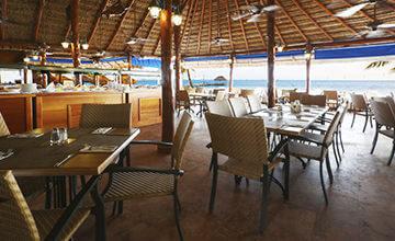 La Palapa beachfront all inclusive restaurant in Cancun